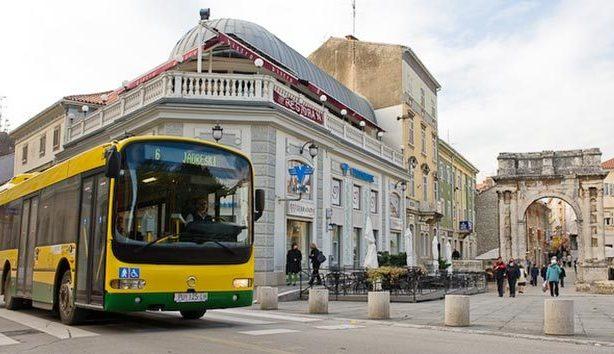 2016_11_25_croacia-buses-17nov