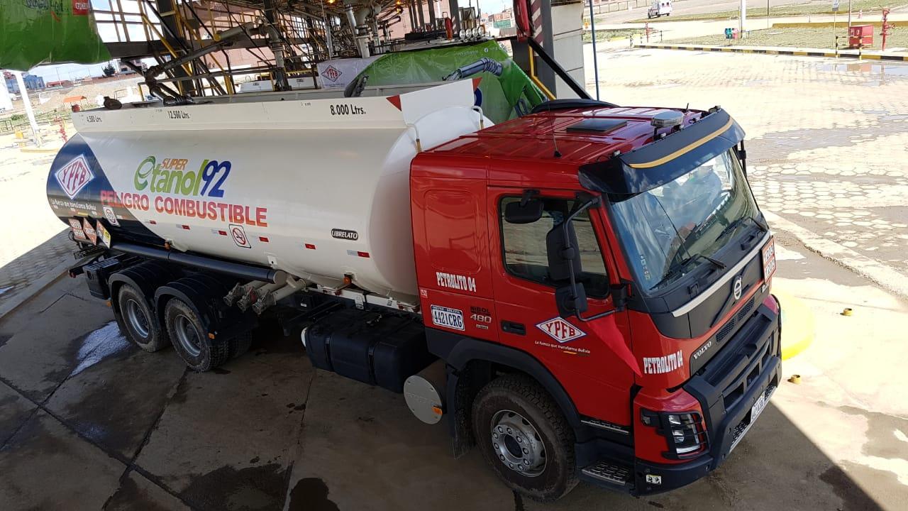 Il governo boliviano opta per il GNL in sostituzione del gasolio per il trasporto pesante