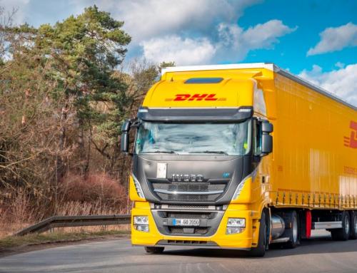 DHL testa i primi camion LNG con mega rimorchi in Germania