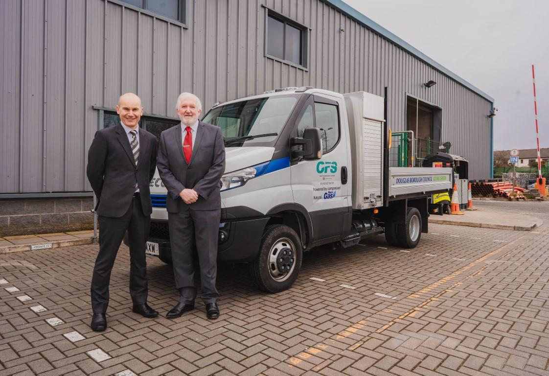 Mobilità sostenibile: testato il primo veicolo a metano nell'Isola di Man